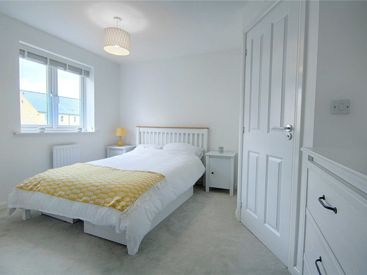 4 bedroom  House for sale in Gloucestershire - Slide-14