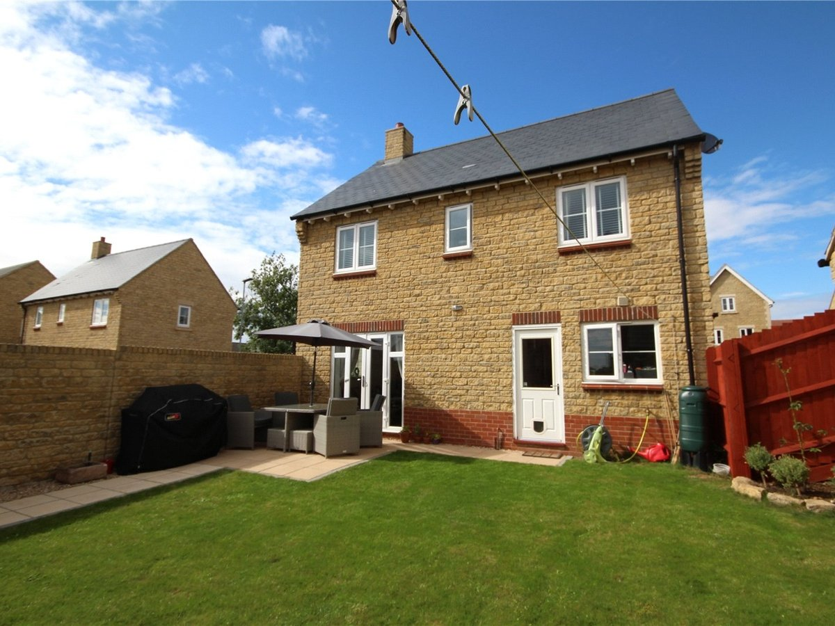 4 bedroom  House for sale in Gloucestershire - Slide-19