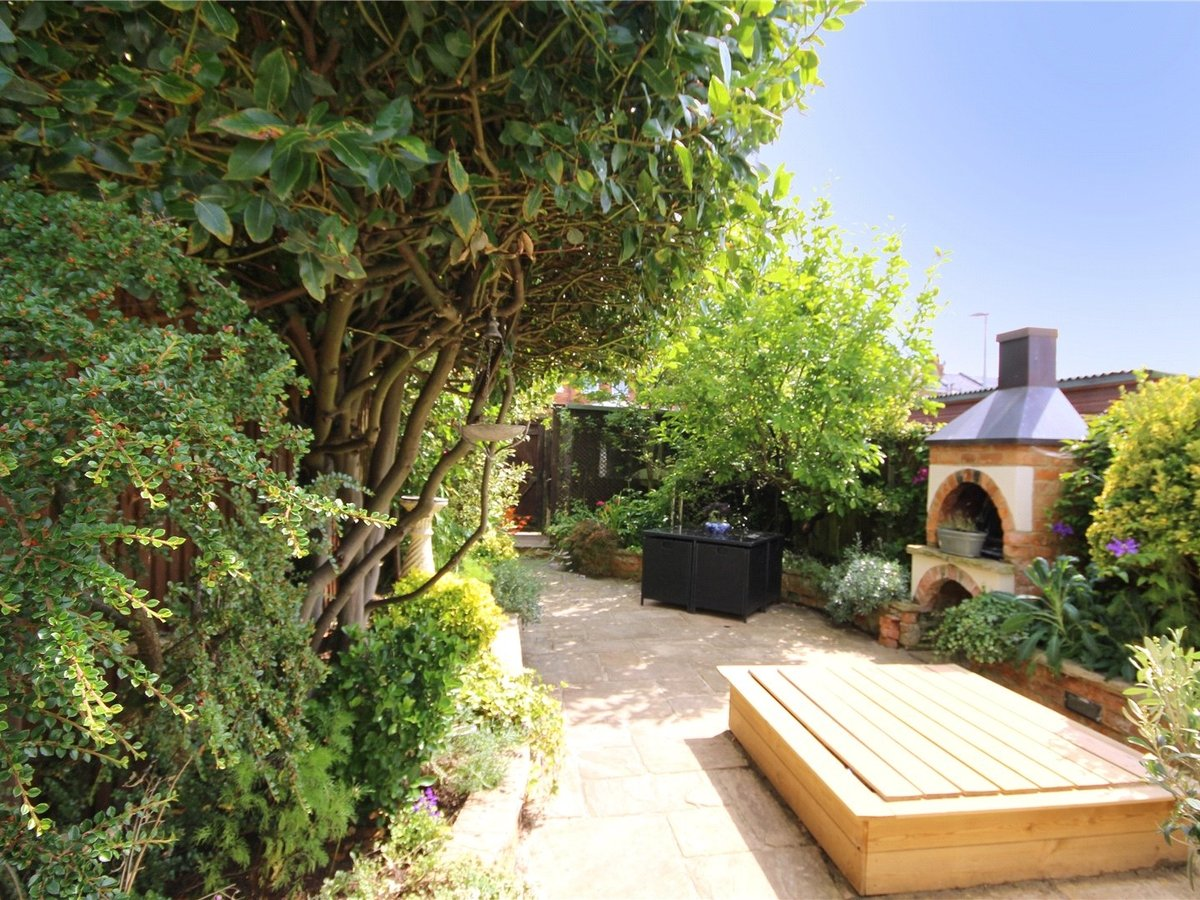 3 bedroom  House for sale in Gloucestershire - Slide-5