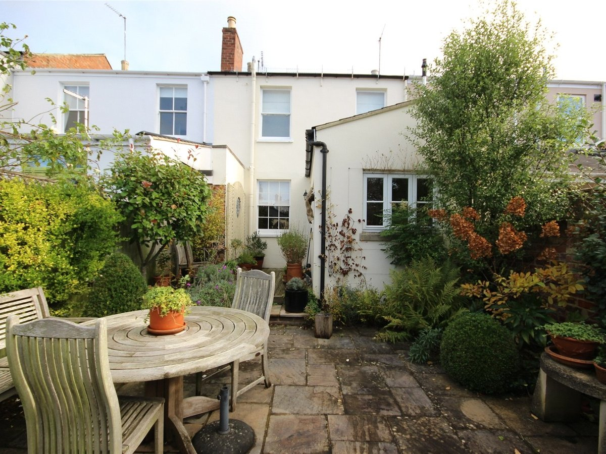 3 bedroom  House for sale in Gloucestershire - Slide-16