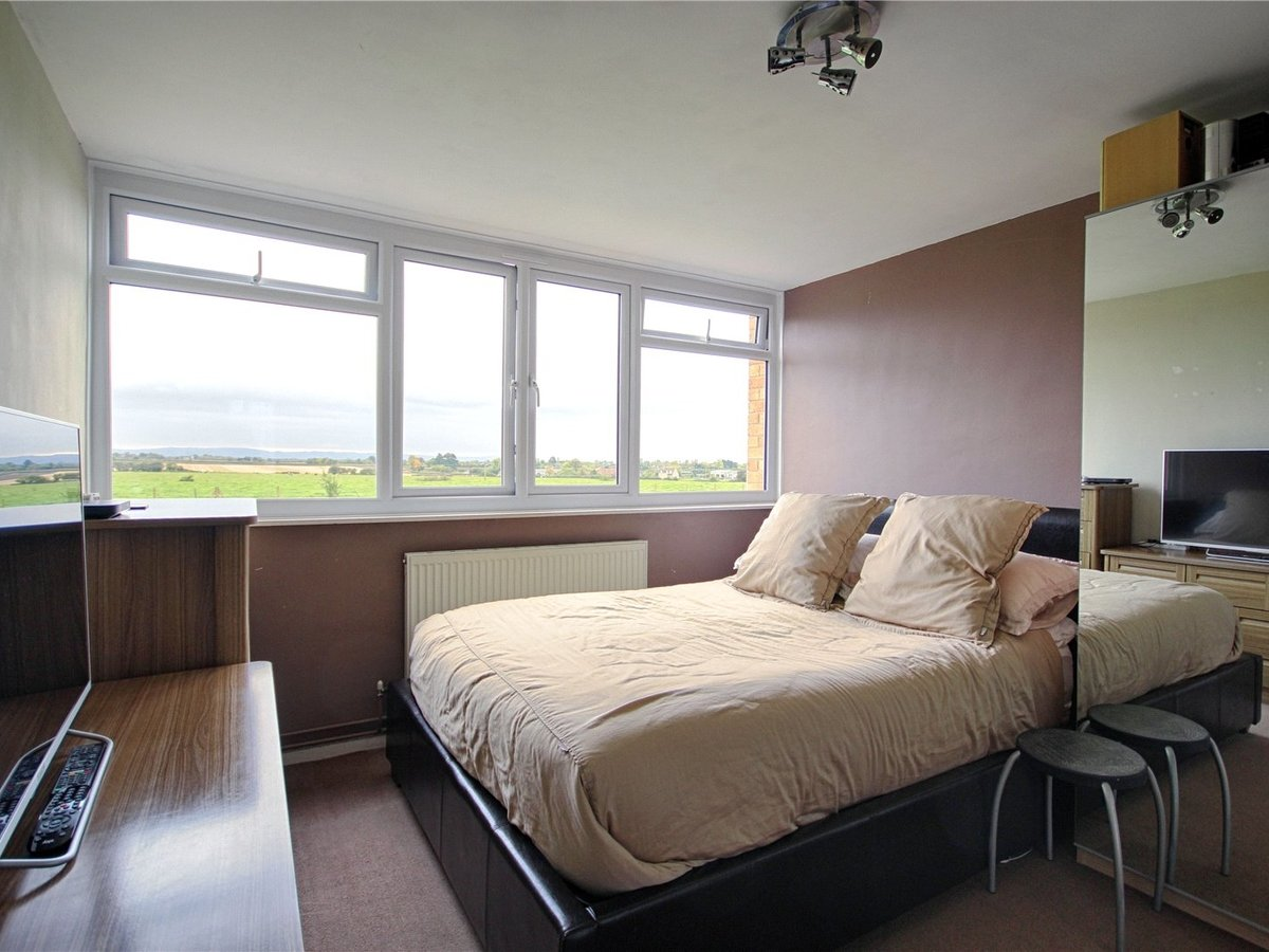 2 bedroom  Flat/Apartment for sale in Tewkesbury - Slide-5