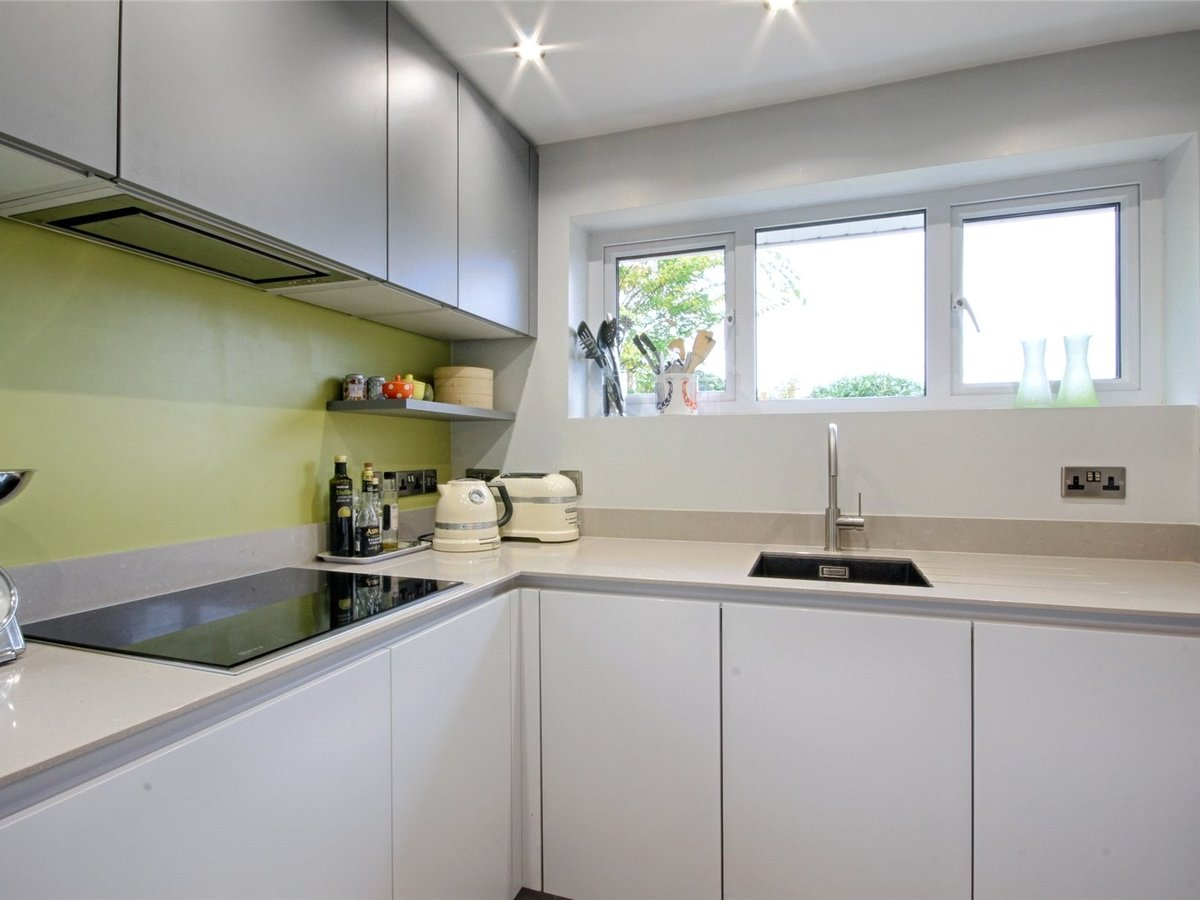 2 bedroom  Bungalow for sale in Gloucestershire - Slide-13