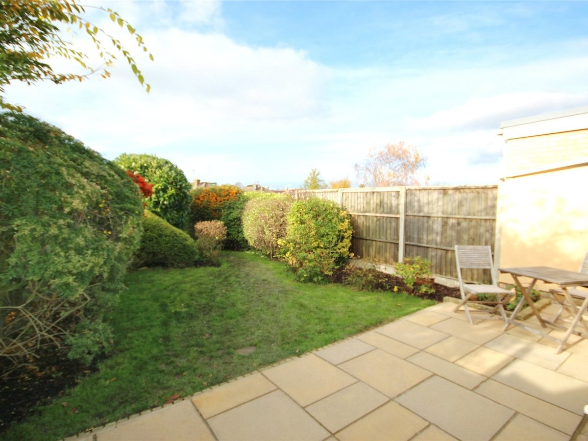 2 bedroom  Bungalow for sale in Gloucestershire - Slide-22