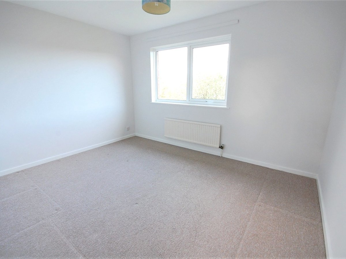 3 bedroom  House for sale in Cheltenham - Slide-7