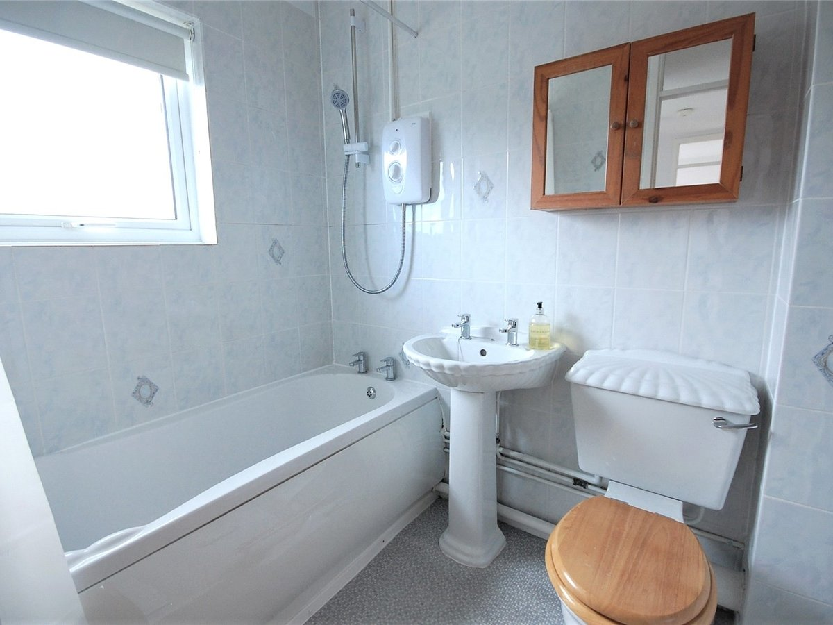 3 bedroom  House for sale in Cheltenham - Slide-8