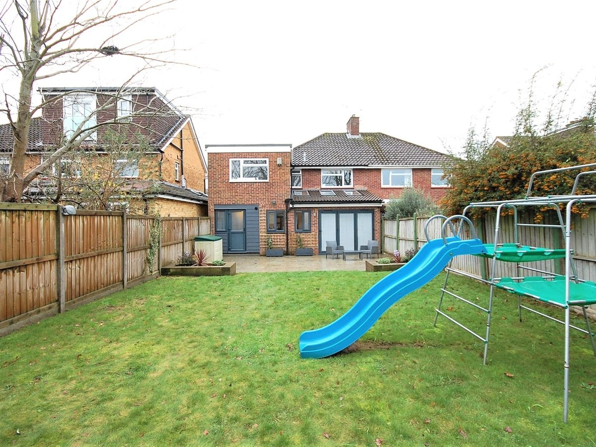 4 bedroom  House for sale in Cheltenham - Slide-6