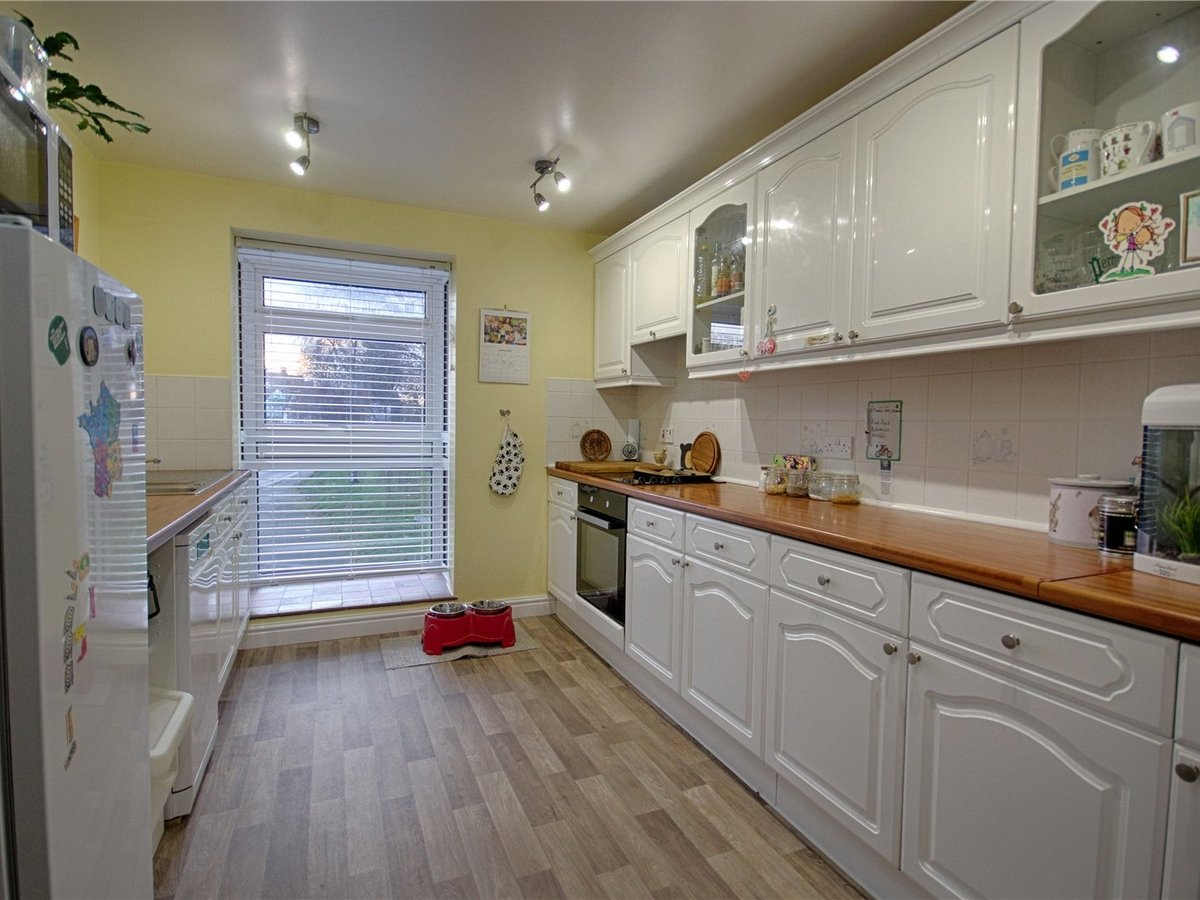 4 bedroom  House for sale in Tewkesbury - Slide-3