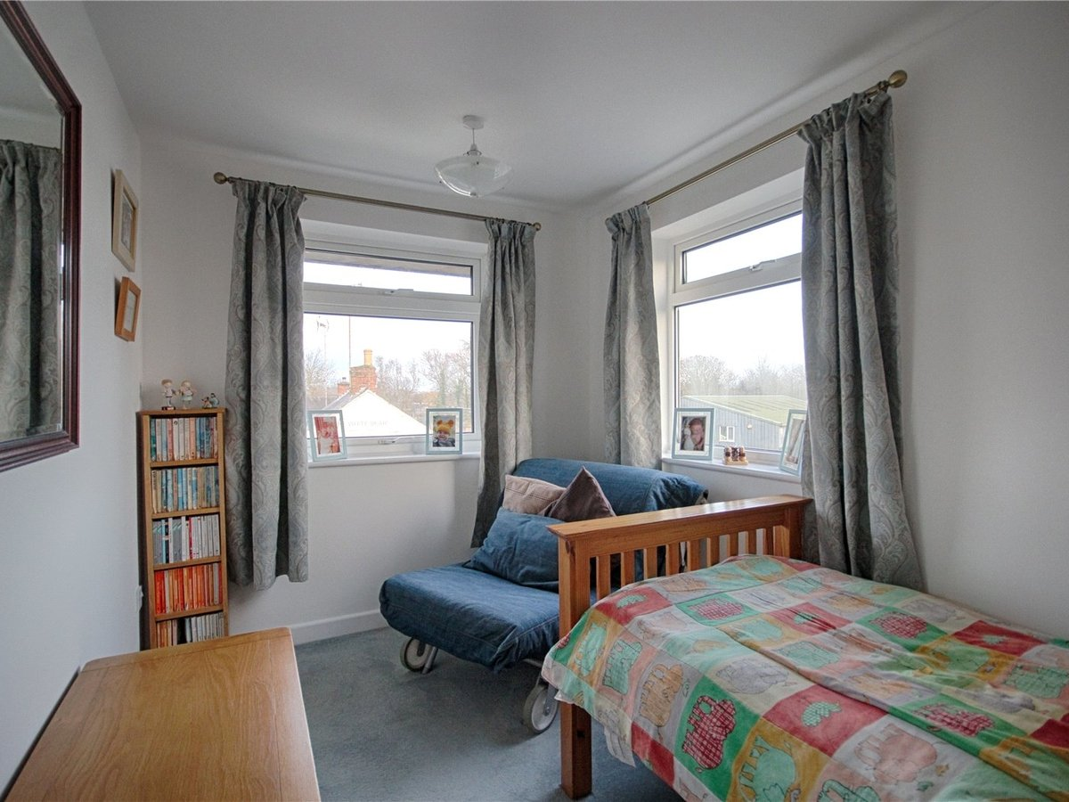 4 bedroom  House for sale in Tewkesbury - Slide-8