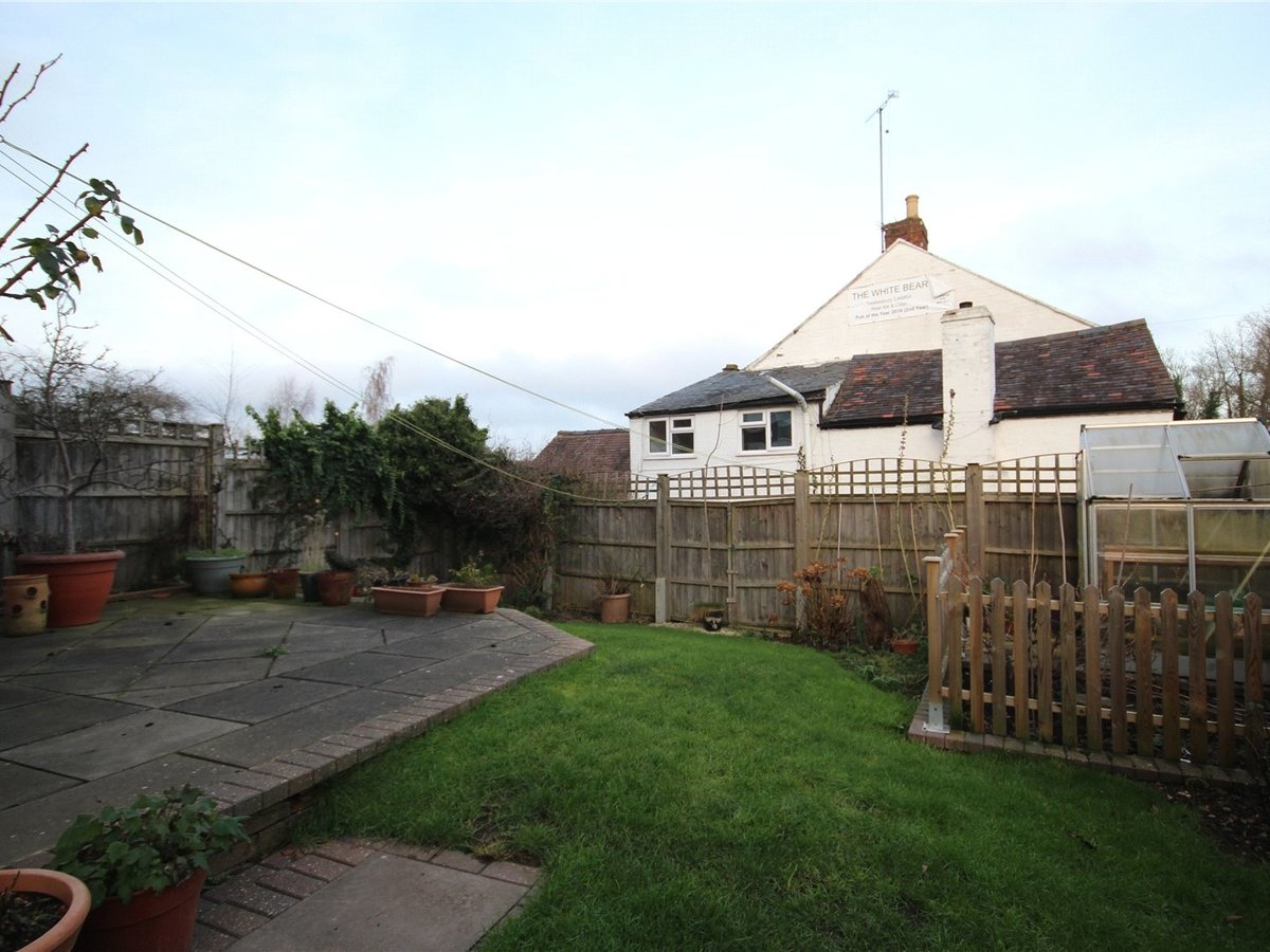 4 bedroom  House for sale in Tewkesbury - Slide-6