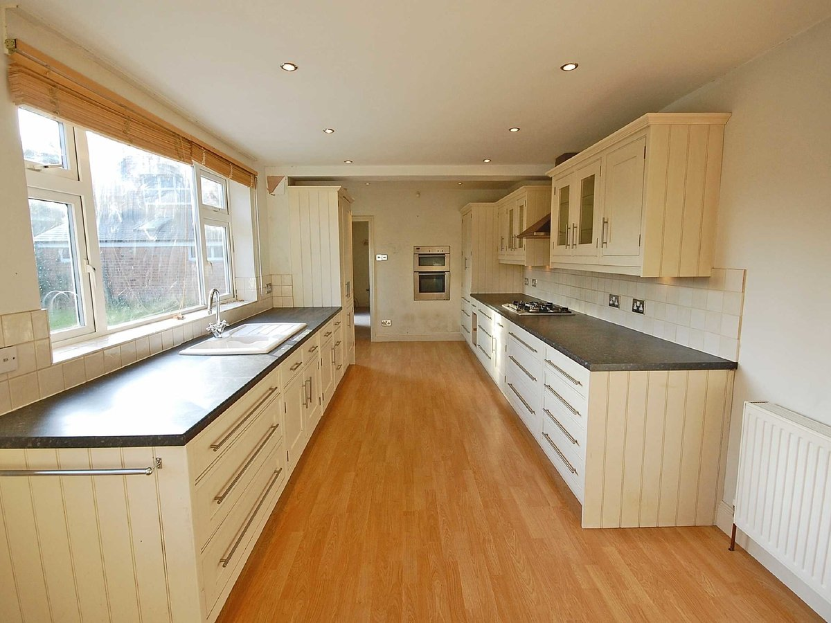 5 bedroom  House for sale in Gloucestershire - Slide-6
