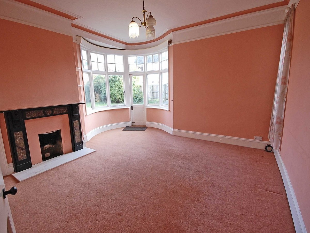 5 bedroom  House for sale in Gloucestershire - Slide-8