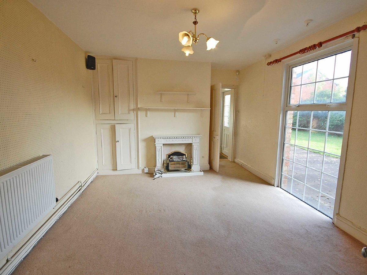 5 bedroom  House for sale in Gloucestershire - Slide-7