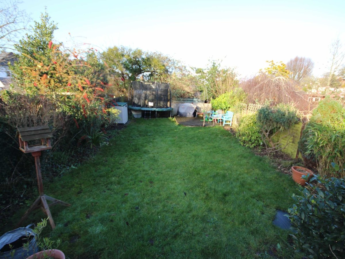 3 bedroom  House for sale in Gloucestershire - Slide-12