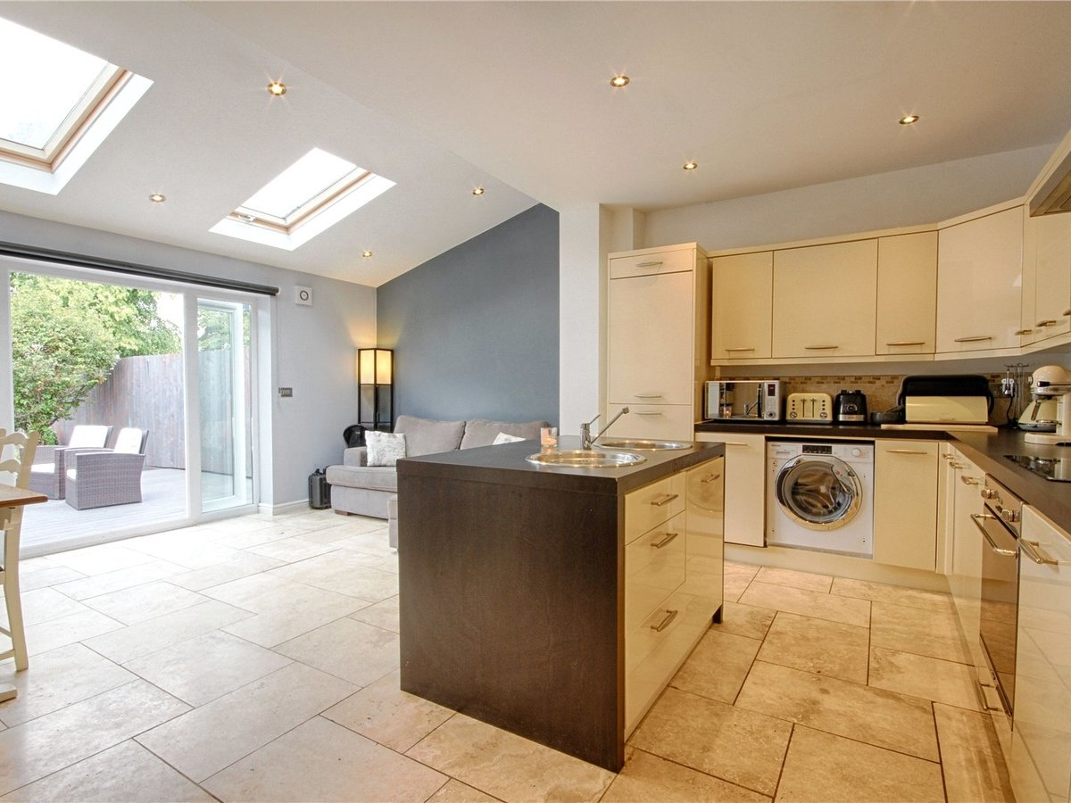 3 bedroom  House for sale in Gloucestershire - Slide-2