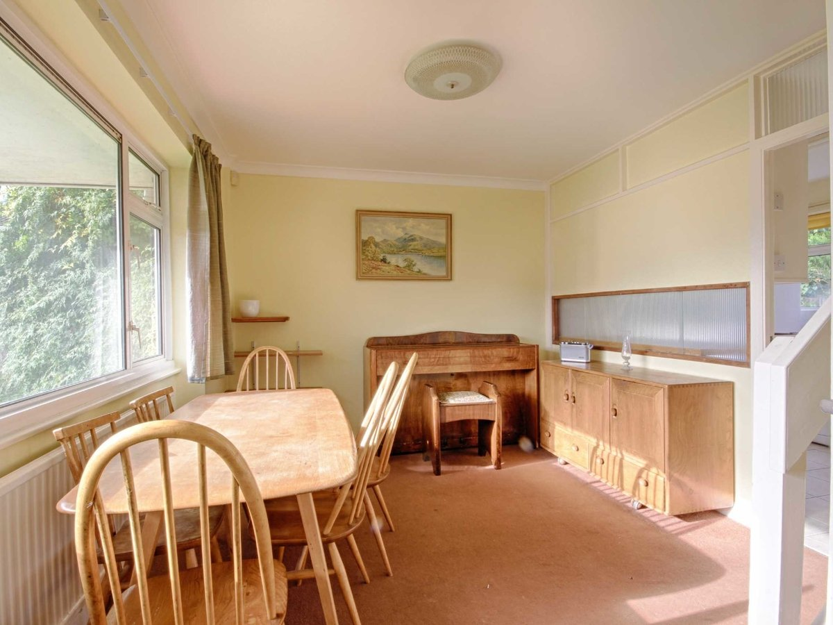 3 bedroom  House for sale in Gloucestershire - Slide-18