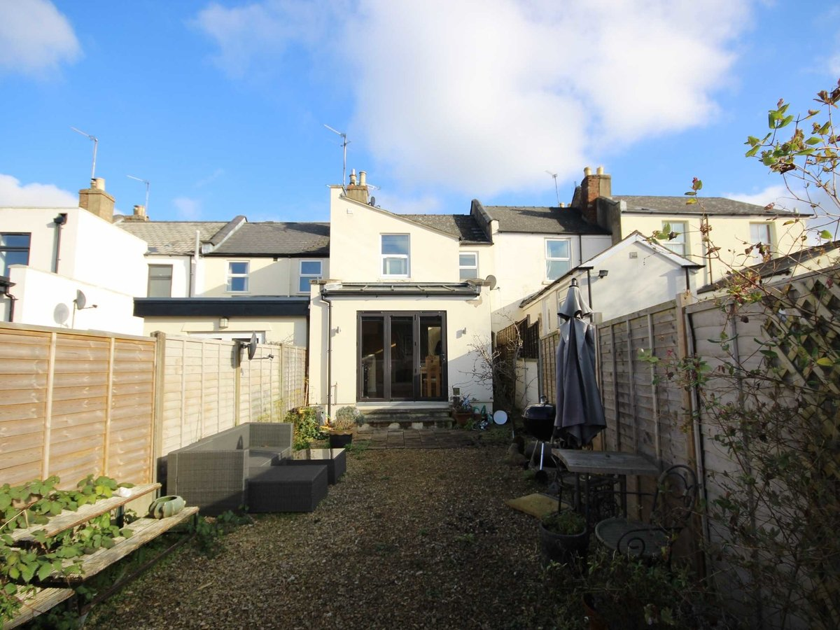 3 bedroom  House for sale in Gloucestershire - Slide-17