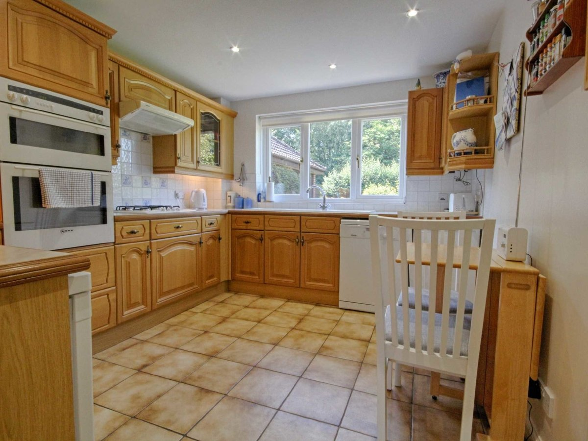 4 bedroom  House for sale in Gloucestershire - Slide-20