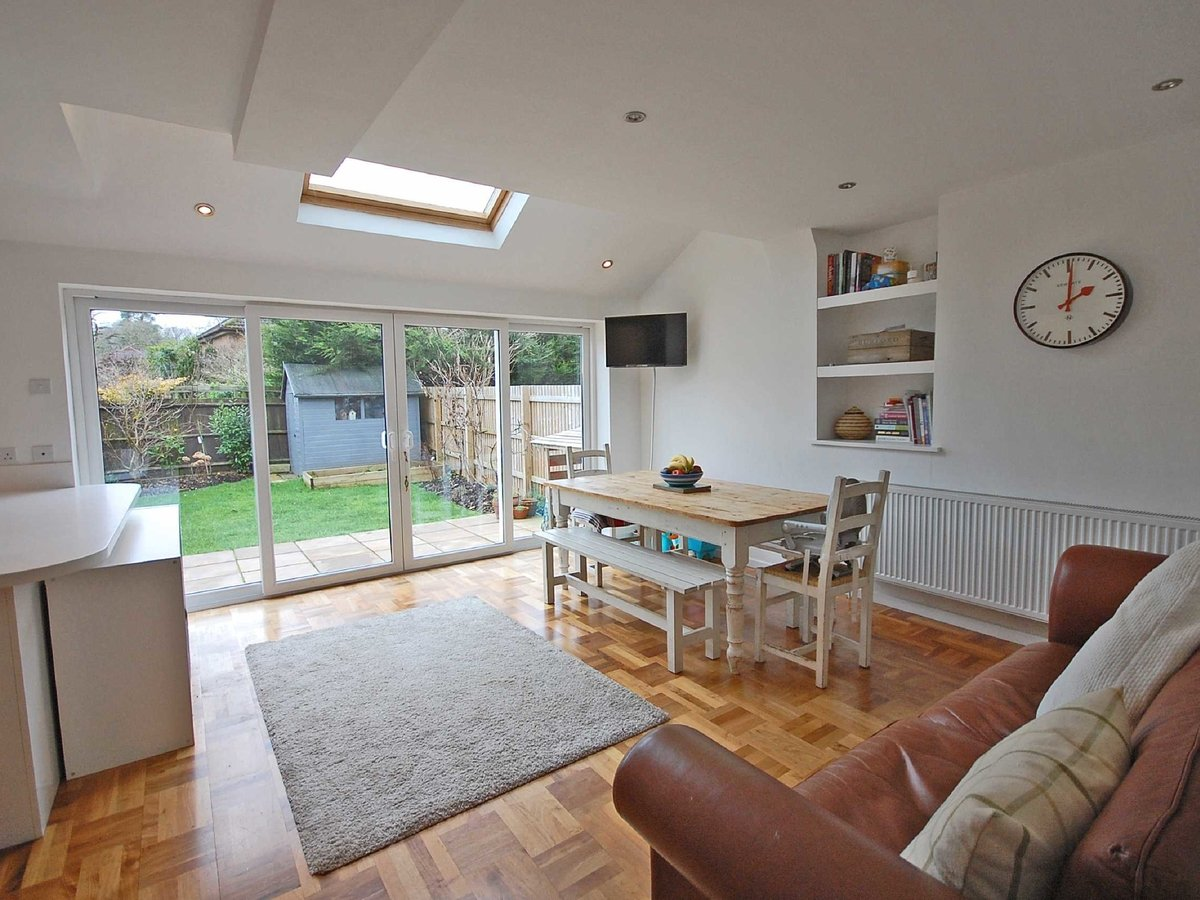4 bedroom  House for sale in Gloucestershire - Slide-3