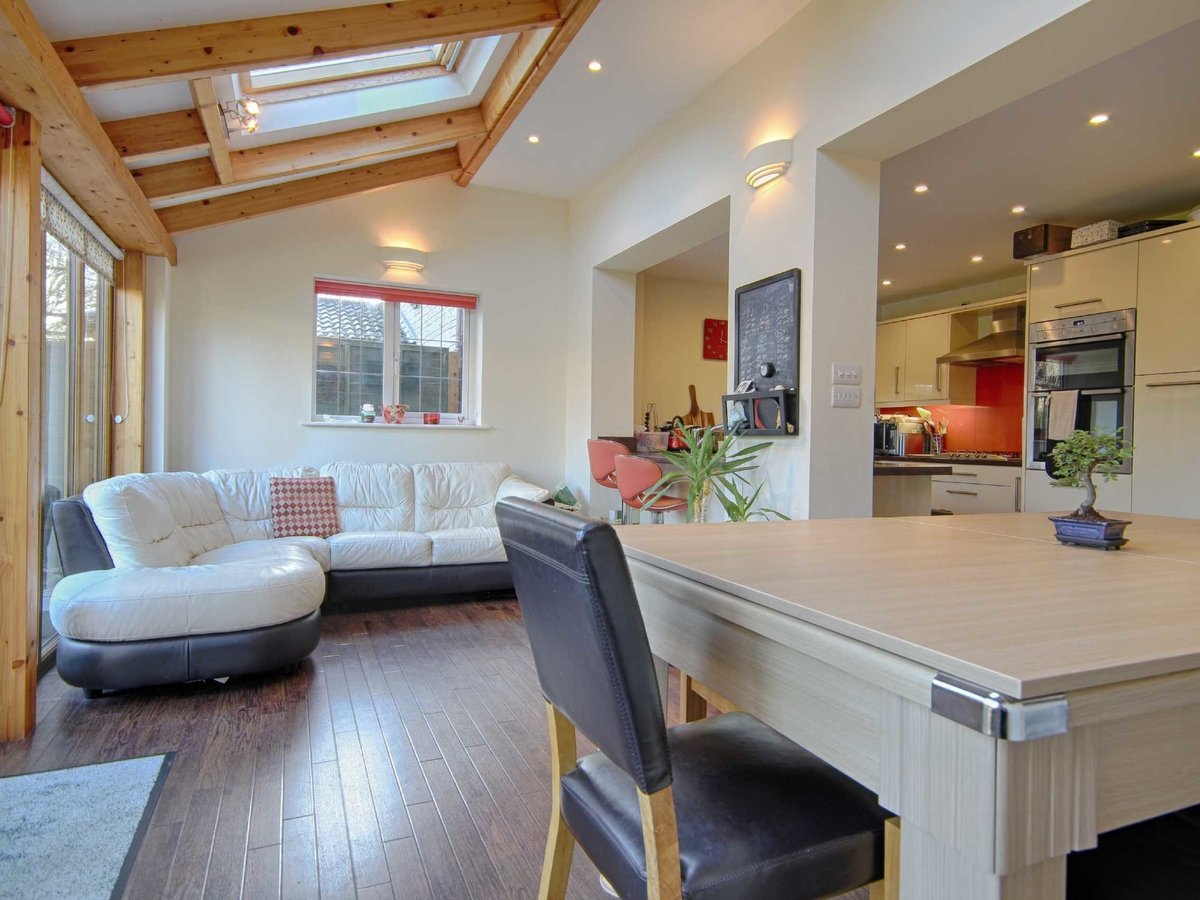 4 bedroom  House for sale in Gloucestershire - Slide-17