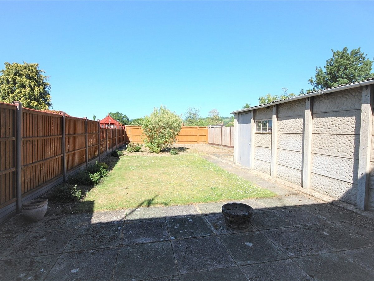 3 bedroom  House for sale in Gloucestershire - Slide-11
