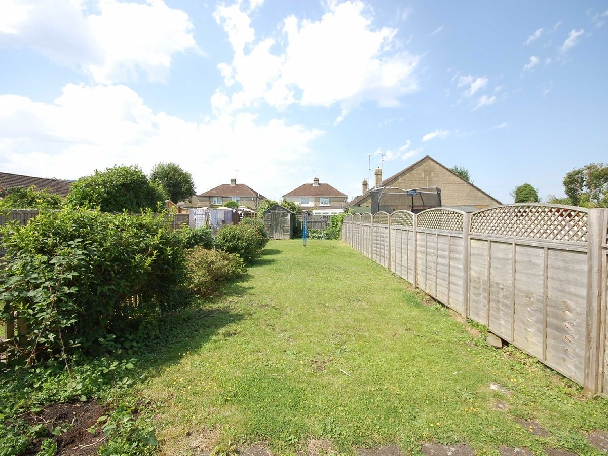 2 bedroom  House for sale in Gloucestershire - Slide-2