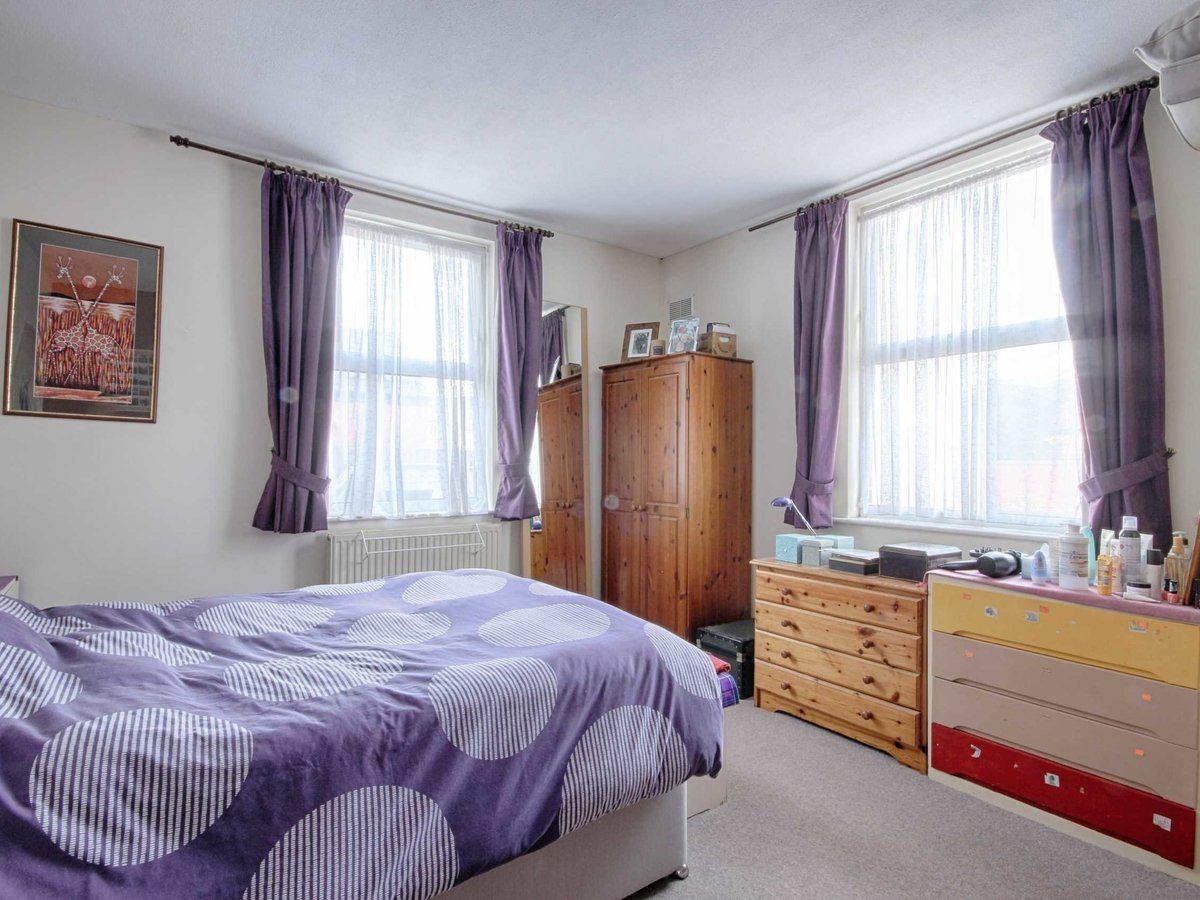 1 bedroom  Flat/Apartment for sale in Gloucestershire - Slide-13