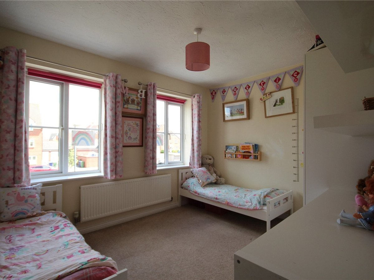 4 bedroom  House for sale in Gloucestershire - Slide-10