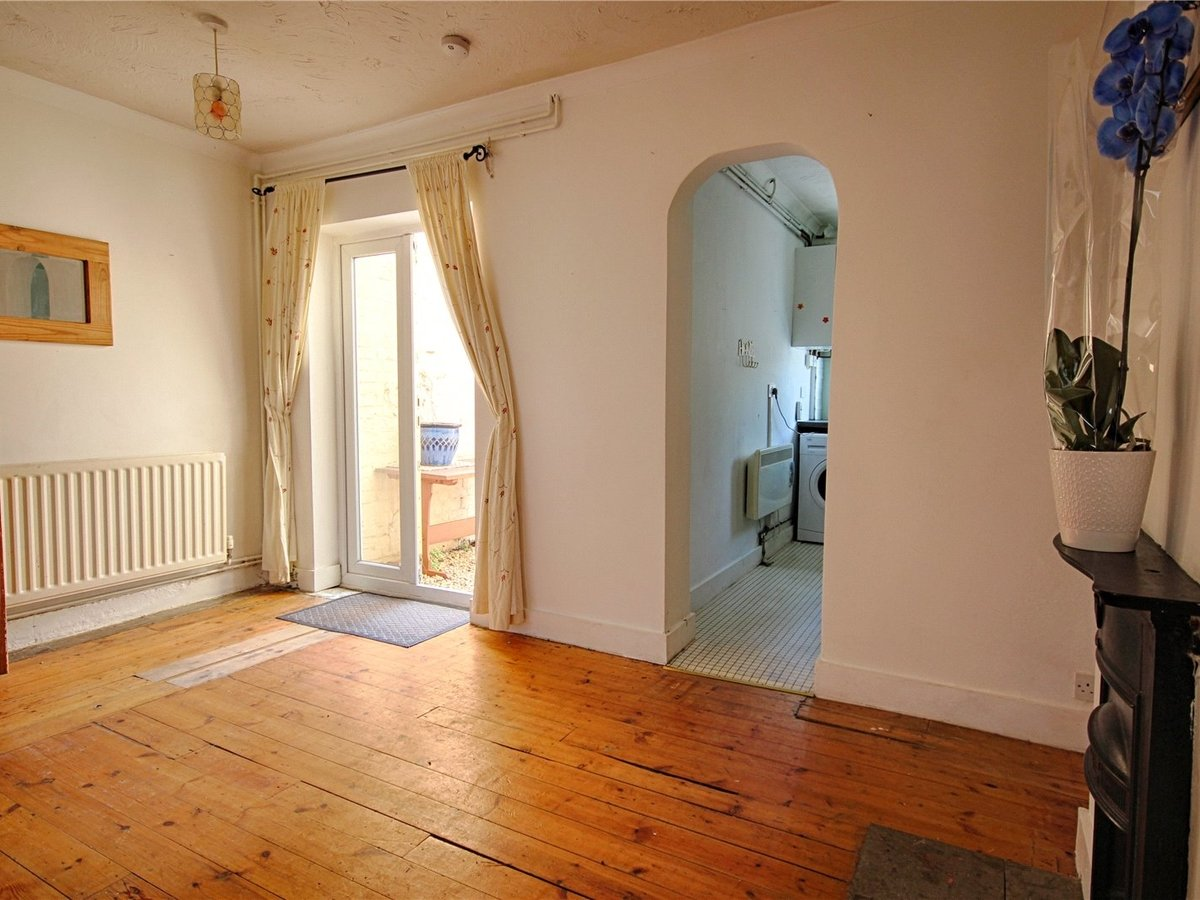 2 bedroom  House for sale in Gloucestershire - Slide-9