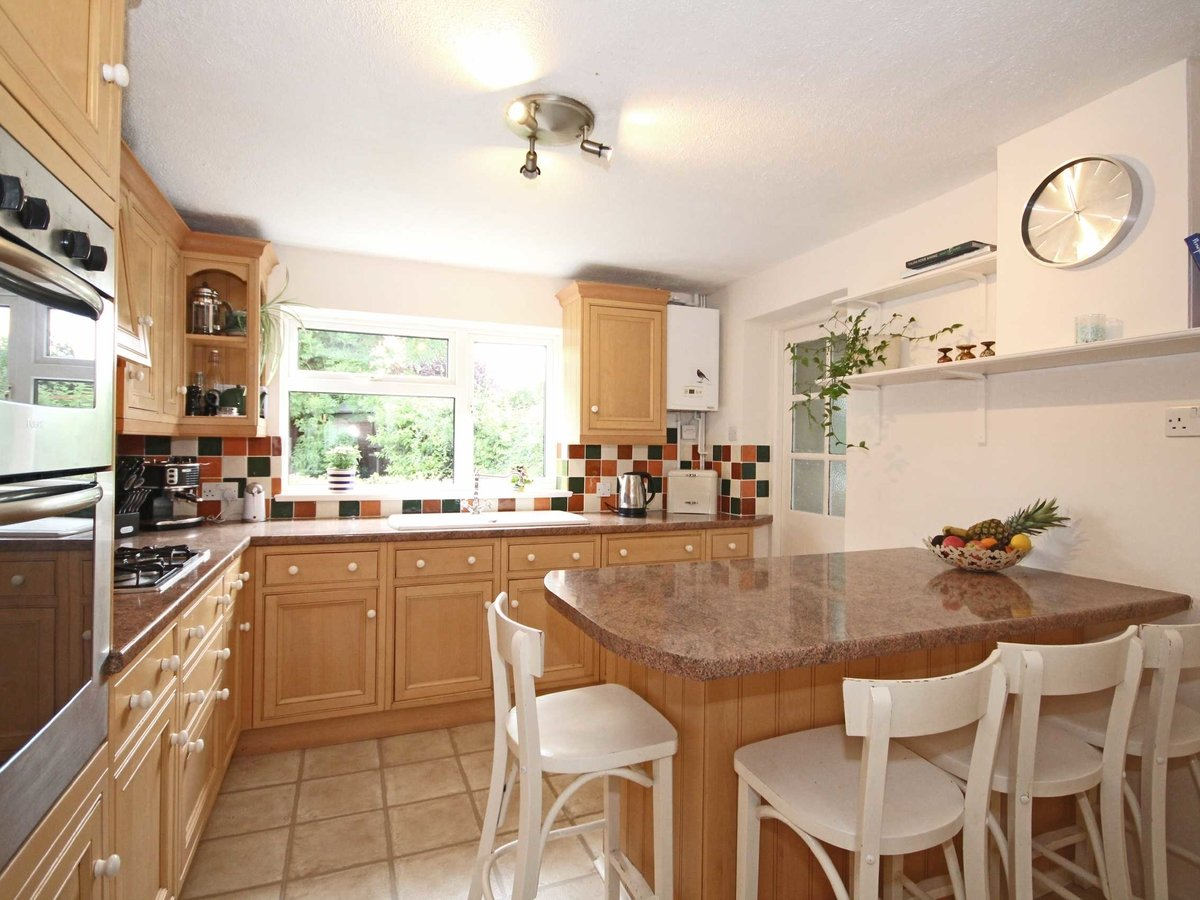 4 bedroom  House for sale in Gloucestershire - Slide-5
